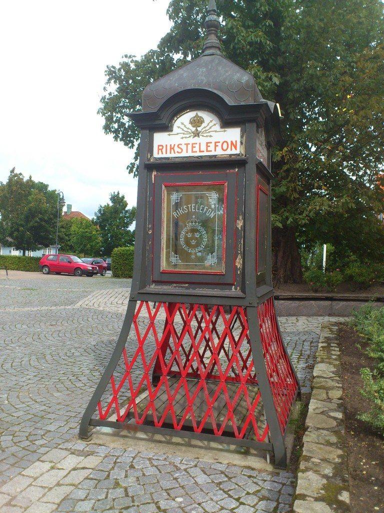 gammal telefonkiosk